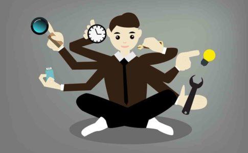第二新卒が転職で失敗回避!業界は全部で8つしかない