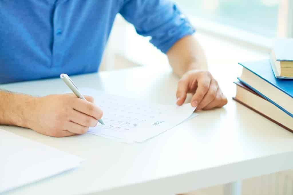 履歴書は手書きが常識?新常識ではパソコンでも問題ない衝撃の事実