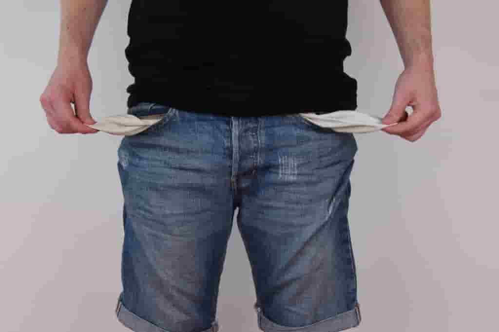 フリーターは年金が払えないときどうしたらいいの?