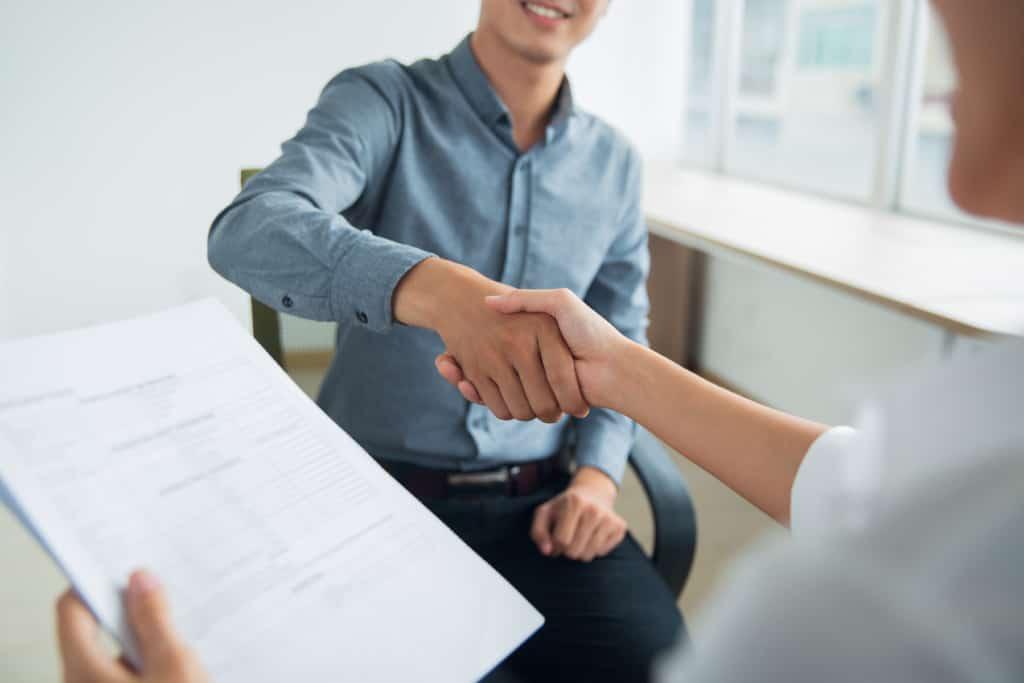 フリーターが資格を取得すると就職に有利?