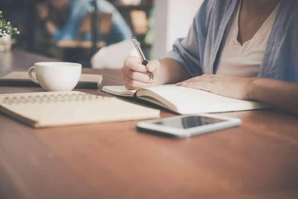 アルバイトを掛け持ちしていた時は履歴書にどう書く?