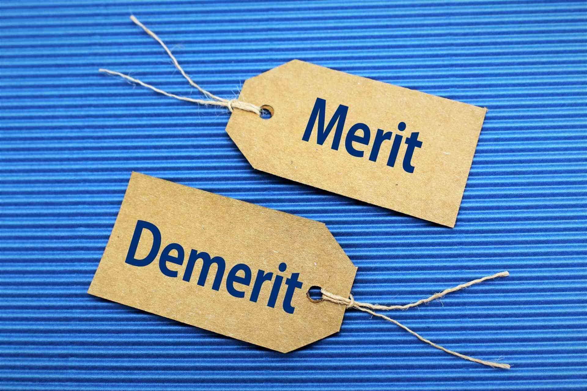 企業選びの軸を定めた時のメリットと定めていない時のデメリットを紹介