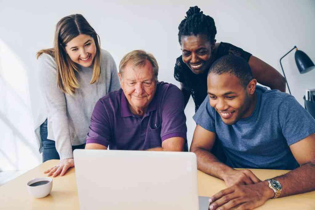IT業界で選ぶべき働きやすい企業とは