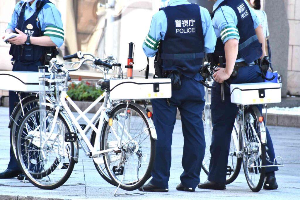 高卒警察官になる方法-試験日・過去問について-