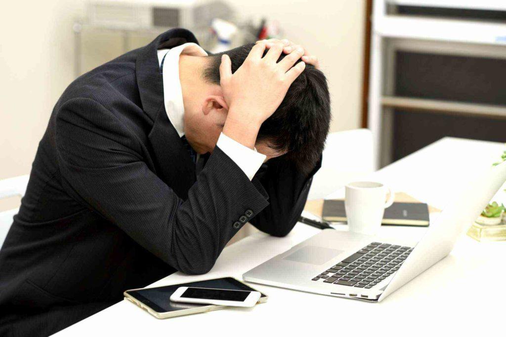 職場で仕事の悩み相談ができない理由