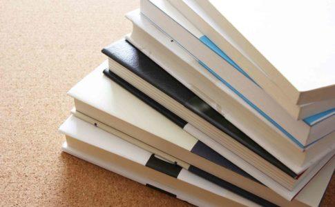 文系の仕事を徹底解説!-有名大学の就職先企業や適した学部・学科も紹介-