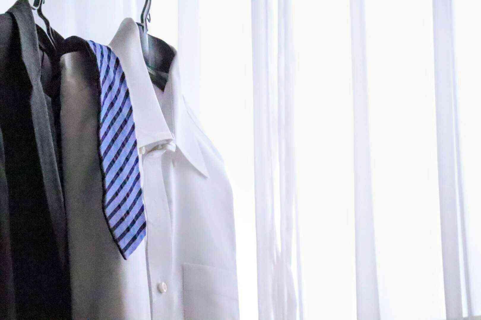 就活の必須アイテム=リクルートスーツ