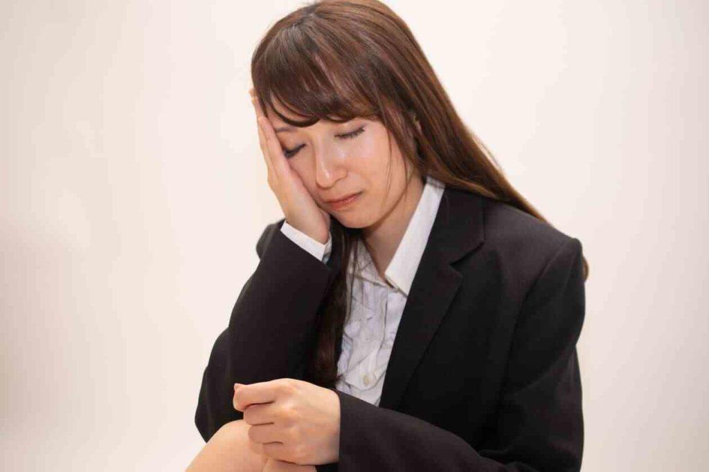 仕事をすぐ辞める人の特徴は?【辞めないための対策も紹介】