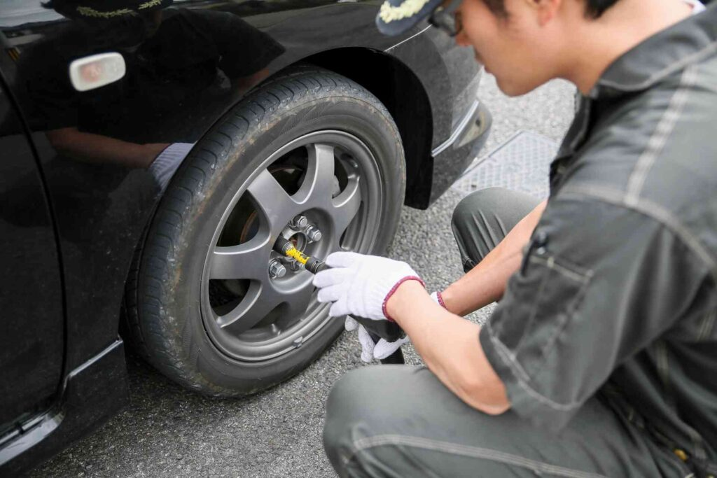 自動車整備士の年収が低く思われる理由