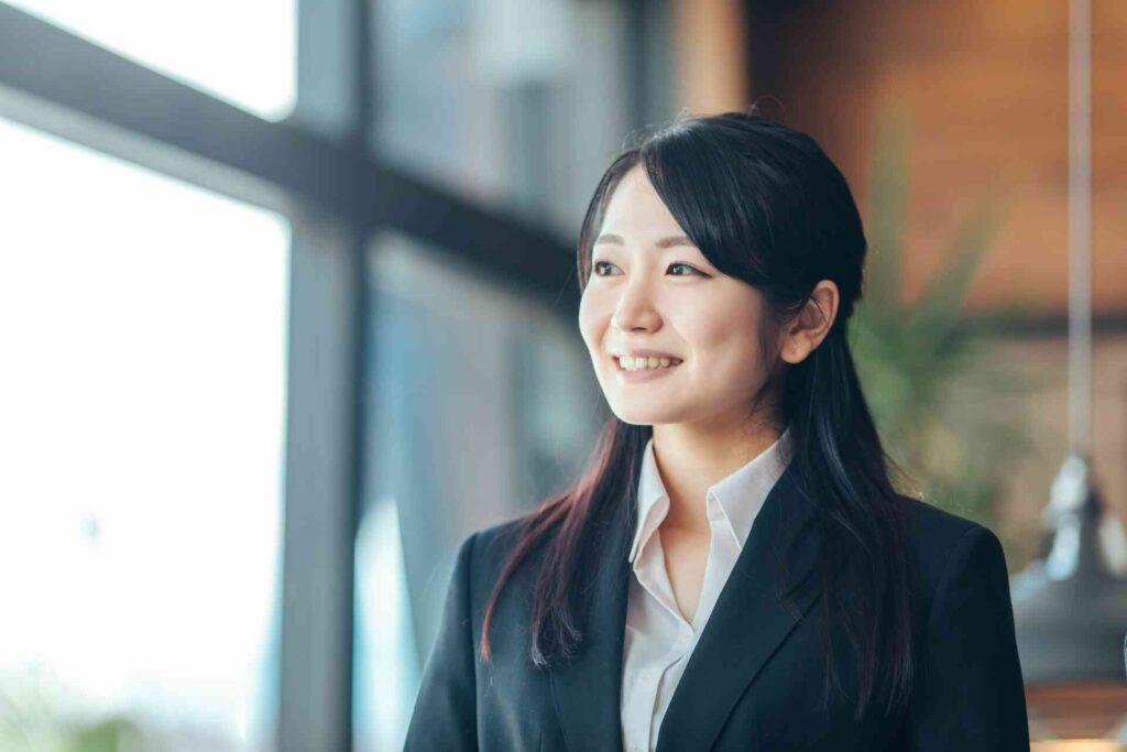 女性が保険会社に就職するメリットとデメリット