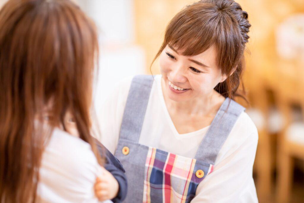 子供と関わる仕事12選を紹介【向いている人の特徴も解説】