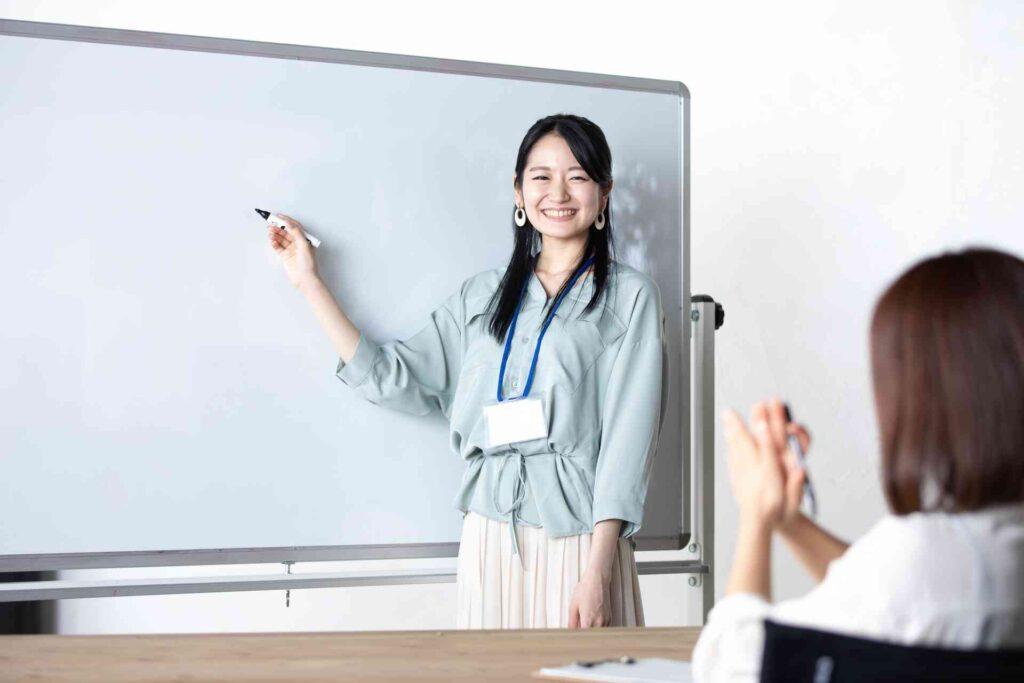 人と話すのが好きな人におすすめの仕事!面接でのPR方法も解説